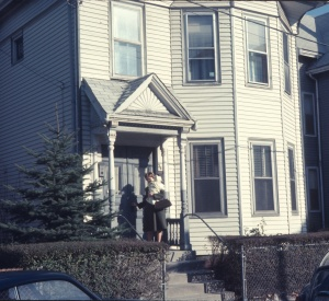 1968 Oct, Scott and Elouise at 36 Myrtle Ave Cambridge MA