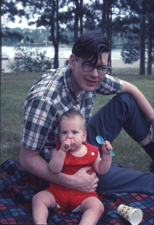 1969 Jun Scott and David Picnic 9.5 months