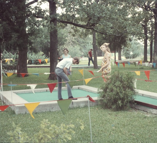 1972 Aug Miniture golf Elouise, Clay and Diane