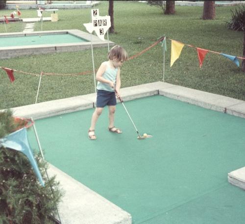 1972 Aug Miniture golf Scott completing the job