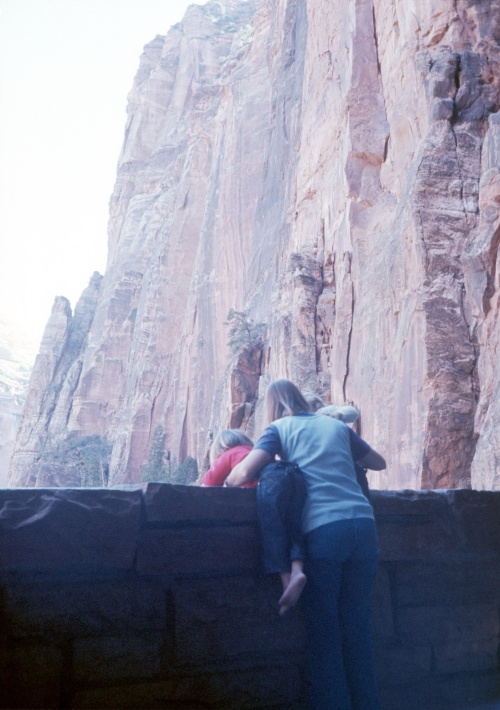1972 Jan Bryce Canyon Elouise Scott and Sherry looking at the sheer walls