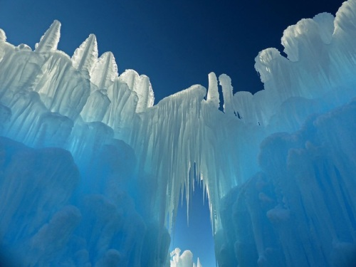 ice-formations-wisconsin-dells-wi